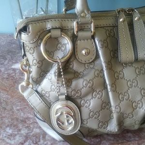 Authentic~Near Mint Gucci~Leather~ GG